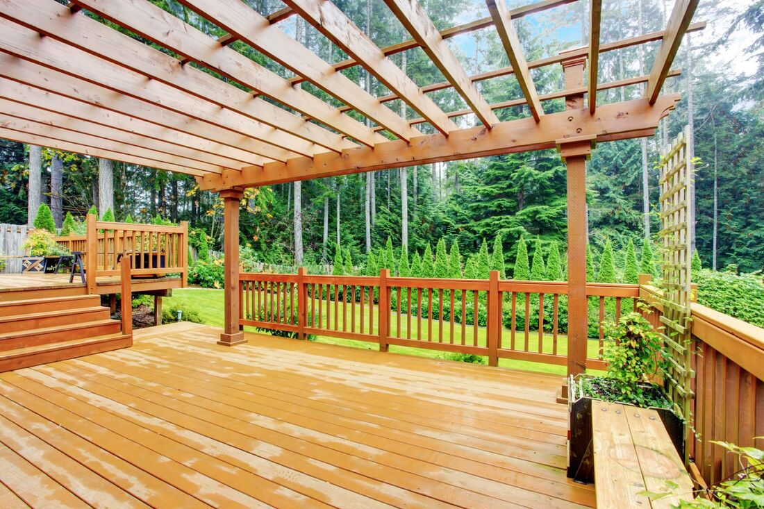 Wood pergola over wood deck - Cincinnati OH